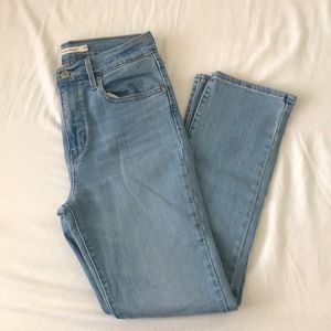 Levi's High Rise Straight Light Wash Jeans